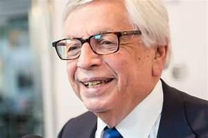 Friends urging ... David Stern
