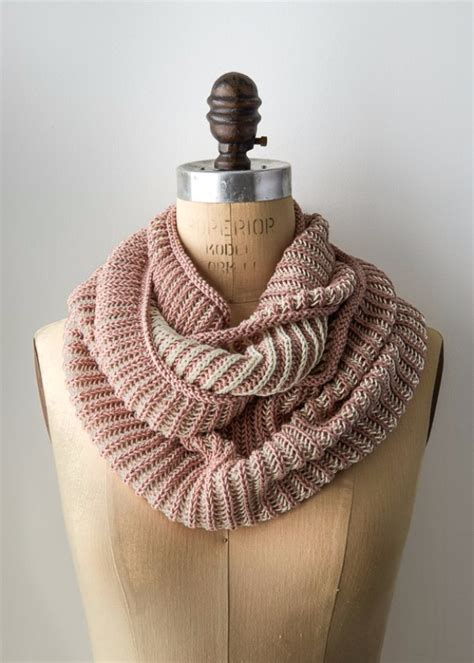 easy knitted gifts      hours