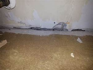 Holz Löcher Füllen : womit kann ich einen spalt in der wand hinterm sockel verschlie en renovieren tapezieren ~ Watch28wear.com Haus und Dekorationen