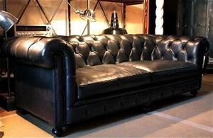Canapé Chesterfield Cuir Vieilli : canape cuir chesterfield maison design ~ Teatrodelosmanantiales.com Idées de Décoration