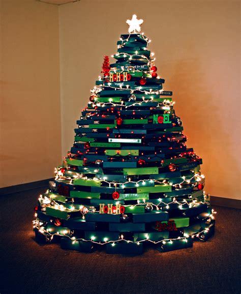 the samsill christmas tree of binders the officezilla 174 blog