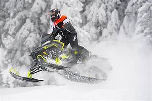 SUPERTRAXMAG.COM - 2018 Polaris 800 Switchback Assault 144