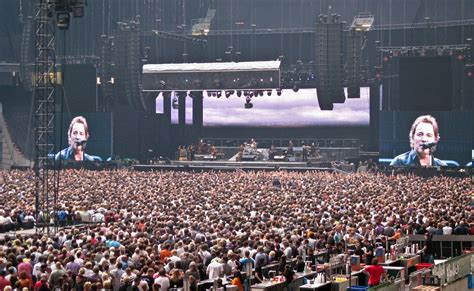 bruce springsteen concert arena amsterdam  june