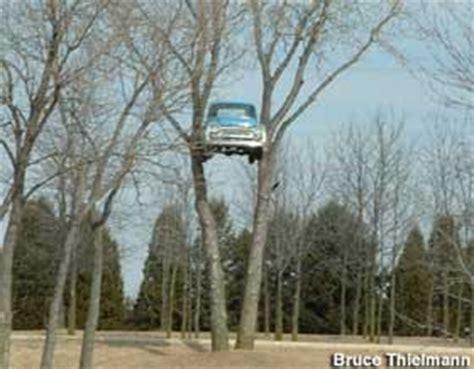 clinton wi pickup truck  tree