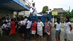 Aklan college students gather to help Yolanda survivors