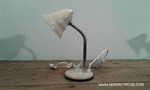 Petite Lampe De Chevet : lampe de chevet ann es 70 ~ Teatrodelosmanantiales.com Idées de Décoration