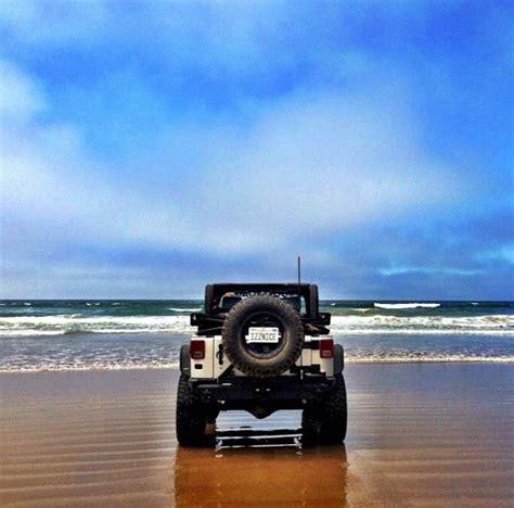 beach jeep wrangler jeep beach day beauty pinterest