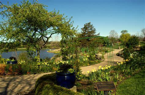 overland park arboretum and botanical gardens overland park kansas arboretum and botanical gardens