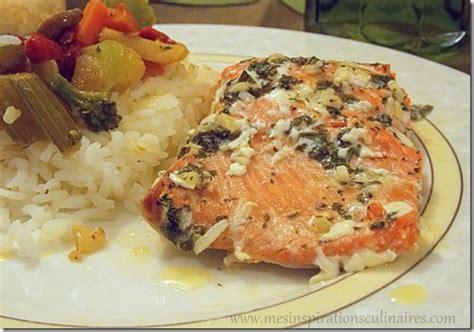 cuisiner pavé de saumon au four filet de saumon au four mariné aux herbes aromatiques le