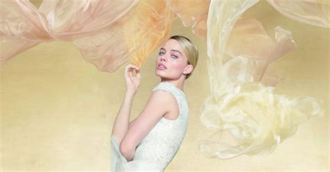 chanel launches  fragrance gabrielle chanel essence glass hk