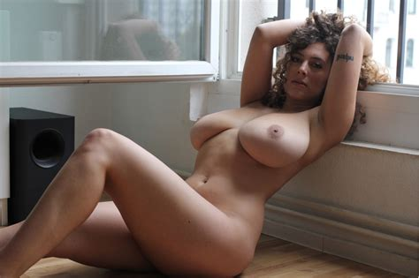 Leila Lowfire Xrayspex