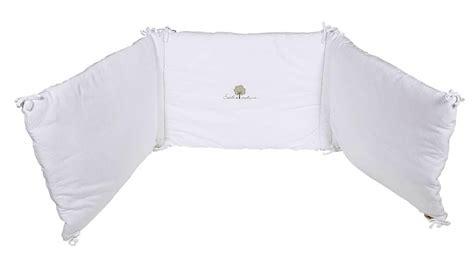 tour de lit bebe et blanc solutions pour la