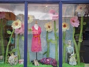 100+ Creative Spring Window Display Ideas & Designs Zen