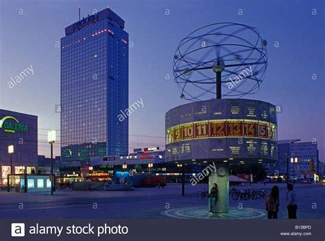 berlin alexanderplatz weltzeituhr universal clock