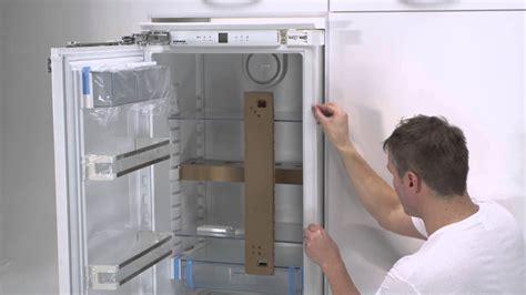 urzadzenia  zabudowy liebherr instalacja drzwi