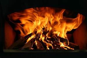 Feuer Den Ofen An : mein erster flammkuchen aus dem ramster grillforum und ~ Lizthompson.info Haus und Dekorationen