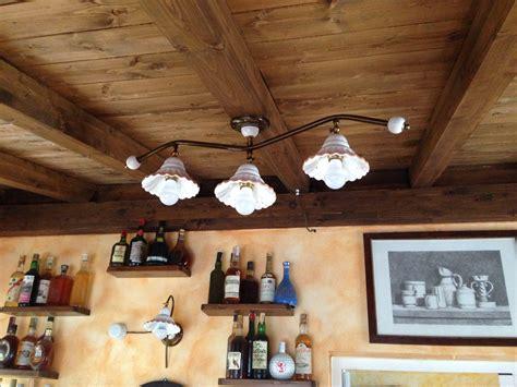 applique soffitto taverna illuminazione ladari e applique in ceramica