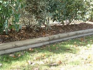 Rondin De Bois Pour Jardin : rondin bois bordure ~ Edinachiropracticcenter.com Idées de Décoration