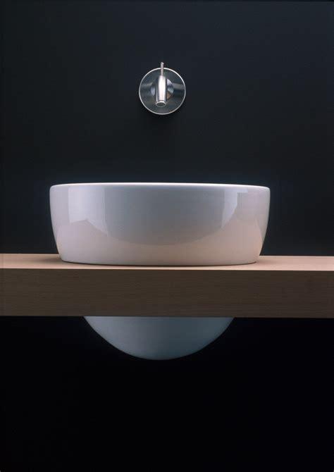 lavabi in corian lavabo rotondo singolo in corian 174 i fiumi collezione