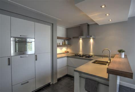 witte keuken met grijs blad witte keuken wit blad beste inspiratie voor huis ontwerp