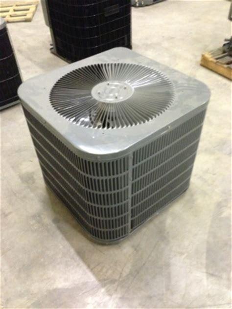 Goodman Heat Pump Condenser Unit  Ton  Ac