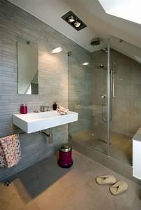 Dusche In Der Schräge : die besten 17 ideen zu bad mit dachschr ge auf pinterest badezimmer dachschr ge badezimmer ~ Bigdaddyawards.com Haus und Dekorationen