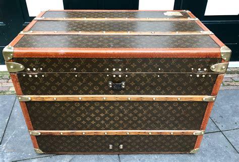 Видео haul ~ louis vuitton coffee table book!!! Vintage Louis Vuitton coffee table trunk E.V. - Pinth ...
