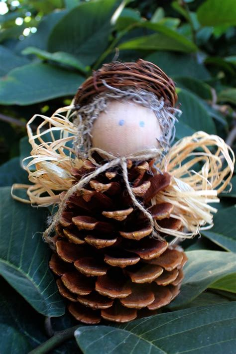 craft pine cones 32 best images about pine cone crafts on pinterest nature pinecone garland and christmas ornament