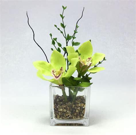 ดอกกล้วยไม้พร้อมแจกันแก้วสี่เหลี่ยม ดอกไม้ประดิษฐ์ตกแต่งบ้าน