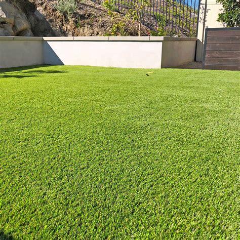 Backyard Grass by Artificial Grass Photo Gallery