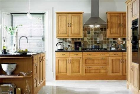 easy tips to choose kitchen paint colors with oak cabinets