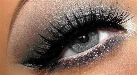 silver grey eye makeup silver glitter  lash