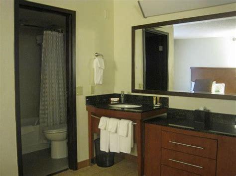 vanity  bath picture  hyatt place nashville