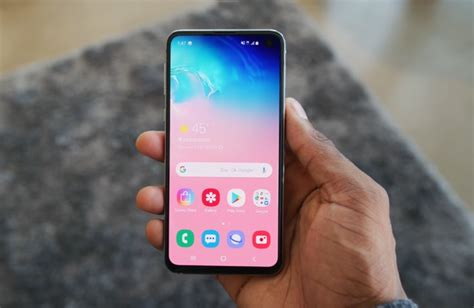 samsung galaxy s10e gets reviewed geeky gadgets