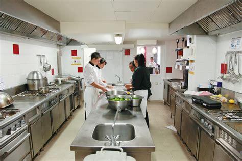 formation cuisine rapide esccom académie culinaire s 39 inscrire cursus formation