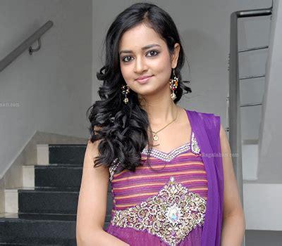 అ౦జలి, anjali ?) is an indian film actress and model, who predominantly appears in tamil films. Shanvi Ragalahari - Panty Pics Shanvi Srivastava Spicy In ...