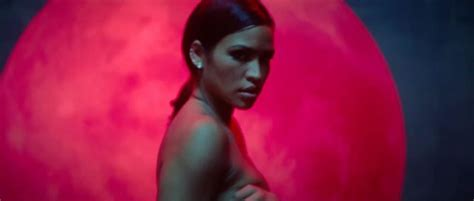 Cassie Ventura Topless Photos Gif Thefappening