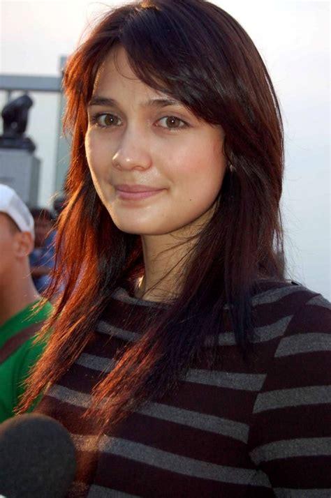 Kontes Seo Luna Maya Beautiful Indonesian Actress