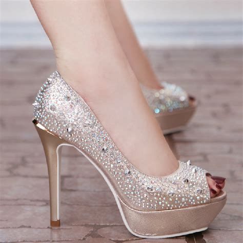 buy tips things to consider when you buy your wedding shoes my simple lifestyle