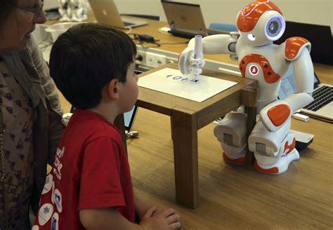 bizarre human jobs    replaced  robots