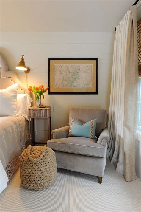 Small Bedroom Chair And Ottoman (photos And Video