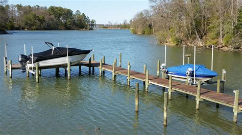 Boat Lift Piling Spacing by Boat Lift Piling Spacing For A Boat With 8 6 Quot Beam The