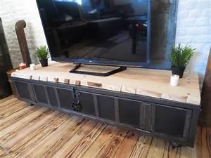 Meuble Tele Industriel : meuble tv industriel vintage les vieilles choses ~ Teatrodelosmanantiales.com Idées de Décoration