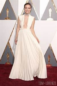 Oscars 2016: Olivia Wilde in Valentino Couture | Tom + Lorenzo