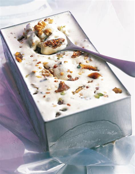cuisine glace glace au mendiant pour 4 personnes recettes à table