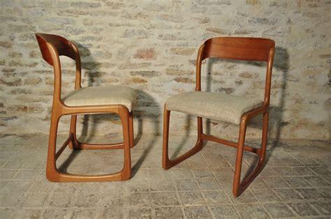paire de chaises traineau baumann baumann