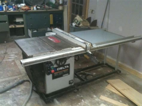 delta cabinet saw for sale what is a 8 yr old delta unisaw worth tools equipment