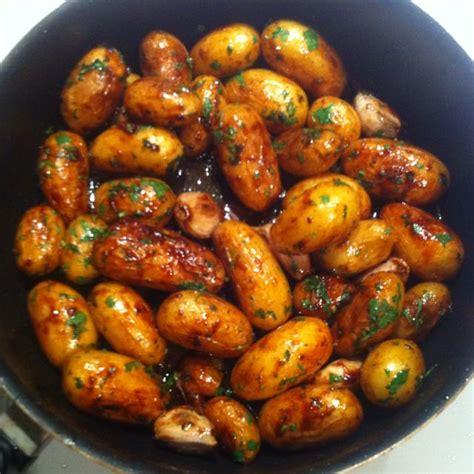 cuisiner pomme de terre grenaille pommes de terres grenailles sautées au miel d 39 acacia
