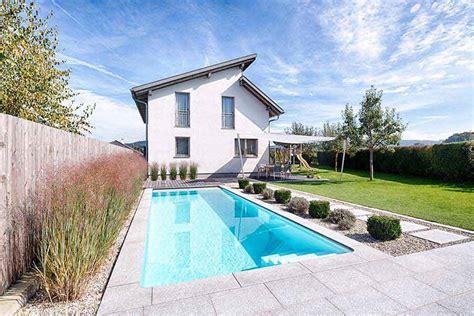 Whirlpool Garten Nachbar by Die Verschiedenen Bauarten Schwimmbecken Und Pools