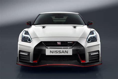 New Nissan Gt-r Nismo Unveiled By Car Magazine